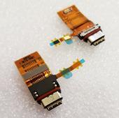 Разъем зарядки USB на шлейфе Sony Xperia XZ1 G8342, 1306-9136 (оригинал)